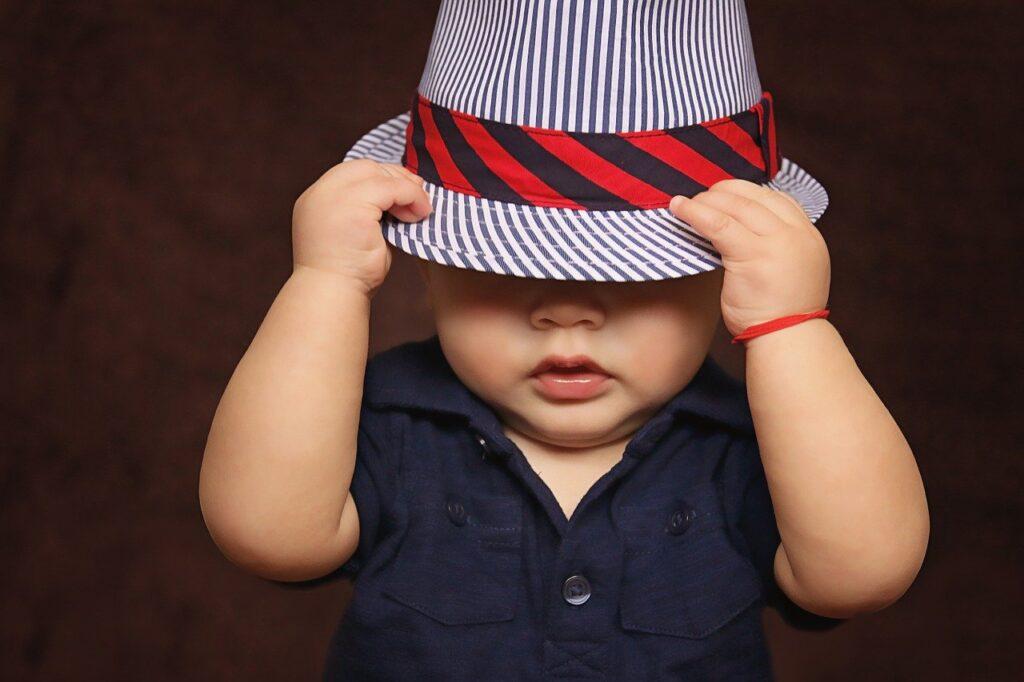 bambino sicuro di sè
