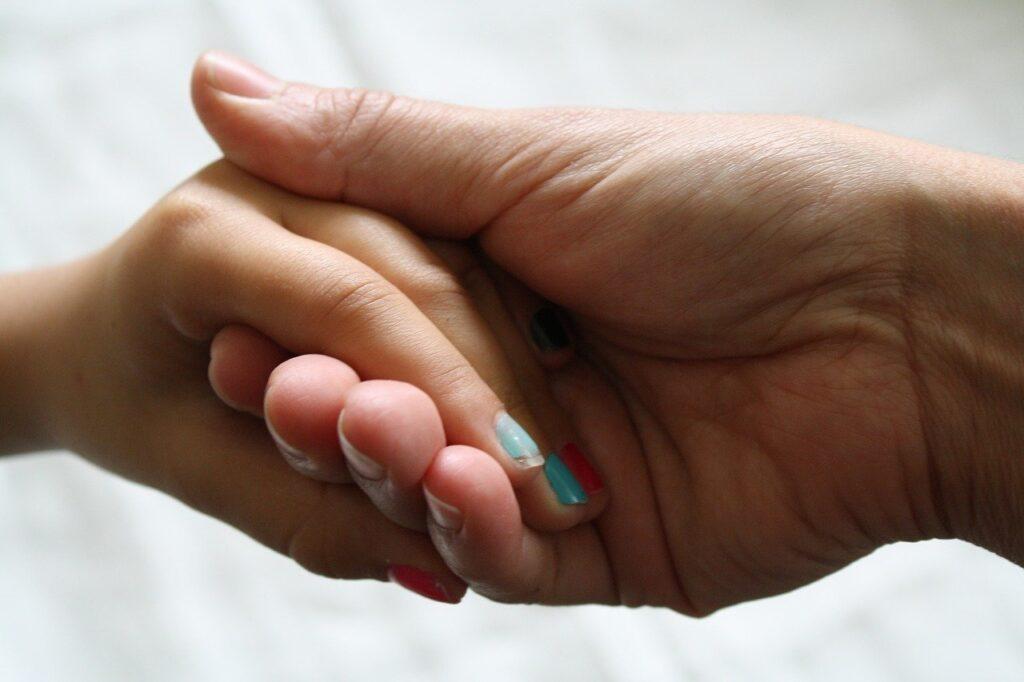 mani padre figlia